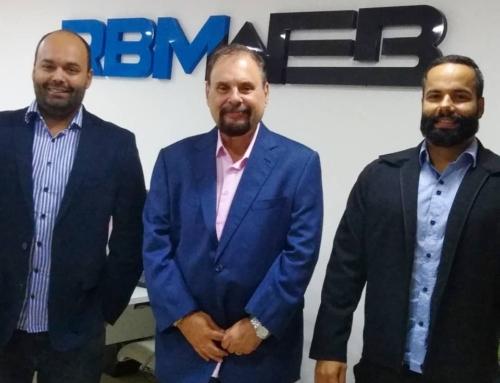 RBMWEB fecha parceria com SINFAC-SP para as ESCs